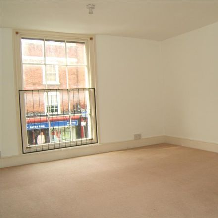 Rent this 3 bed apartment on Tewkesbury House Dental Practice in 23 Barton Street, Tewkesbury GL20 5PR
