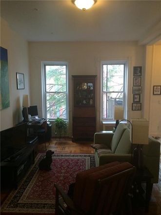 Rent this 2 bed townhouse on 10th St in Brooklyn, NY