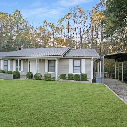 Rent this 3 bed house on 44 Woodland Court in Daleville, AL 36322