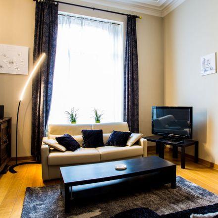 Rent this 1 bed apartment on Avenue de la Chasse - Jachtlaan 141 in 1040 Etterbeek, Belgium