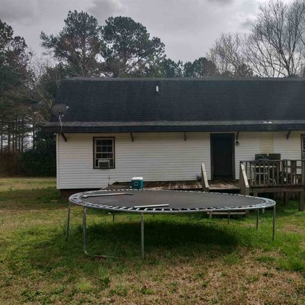 Rent this 3 bed house on Corinth Road in Newnan, GA 30263