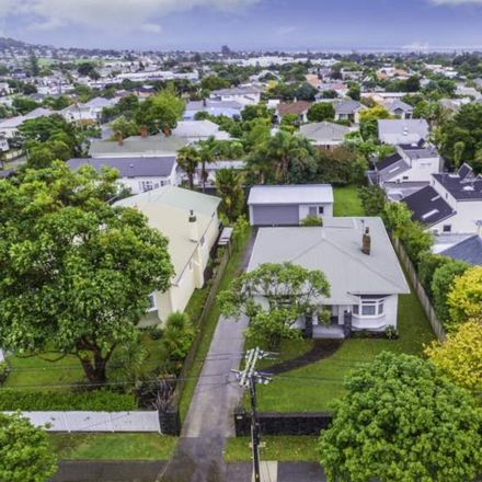 Rent this 1 bed house on Albert-Eden in St Lukes, AUCKLAND