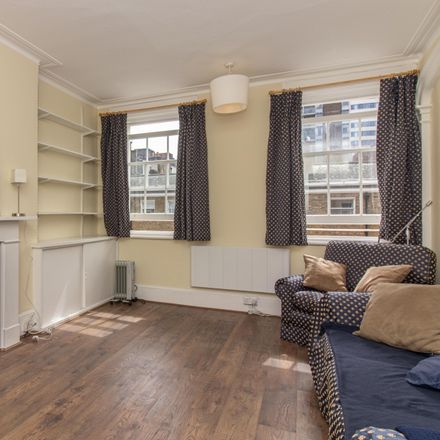 Rent this 1 bed apartment on 111 George Street in London, United Kingdom