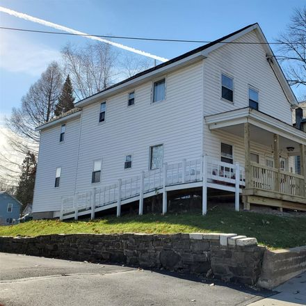 Rent this 4 bed townhouse on 202 Oak Street in Corinth, NY 12822