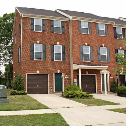 Rent this 2 bed townhouse on Waldorf