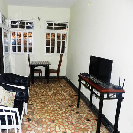 Rent this 1 bed room on Rua Fagundes Varela in 378, Ingá