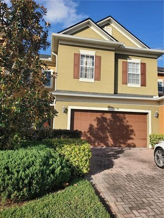 Rent this 3 bed townhouse on 10063 Moorshire Circle in Orlando, FL 32829