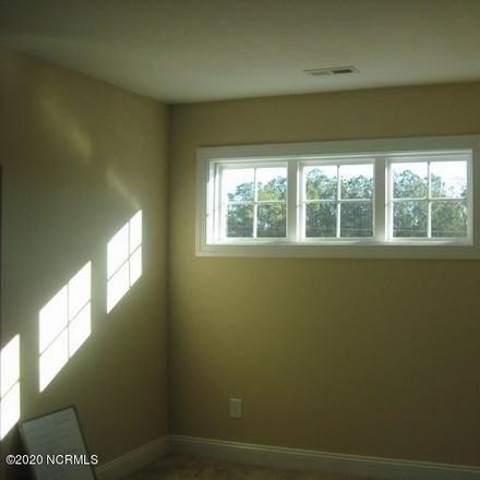 Rent this 4 bed house on Kane Ct in Jacksonville, NC