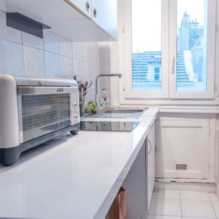 Rent this 2 bed apartment on 4 Rue Bézout in 75014 Paris, France