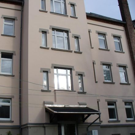 Rent this 3 bed apartment on Glösaer Straße 17 in 09131 Chemnitz, Germany