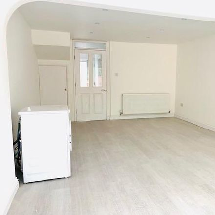 Rent this 2 bed house on Frays Lea in London UB8 2AT, United Kingdom