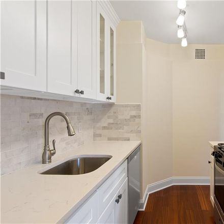 Rent this 1 bed condo on 2621 Palisade Avenue in New York, NY 10463
