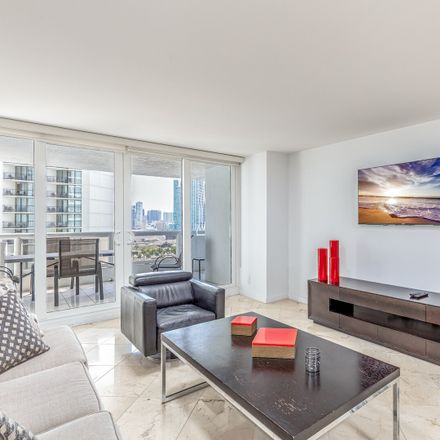 Rent this 3 bed apartment on Doubletree by Hilton Grand Hotel Biscayne Bay in North Bayshore Drive, Miami