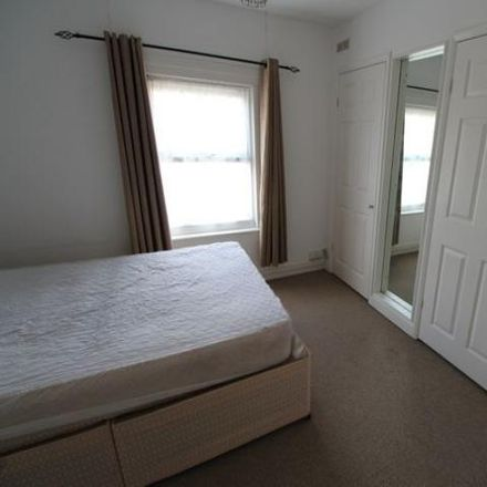 Rent this 1 bed apartment on Cardigan Gardens in Reading RG1 5QP, United Kingdom