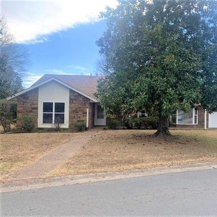 Rent this 3 bed house on 1306 East Ida Avenue in Sallisaw, OK 74955