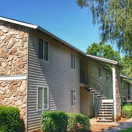 Rent this 3 bed apartment on 14999 South Appleton Drive in Henrici, OR 97045