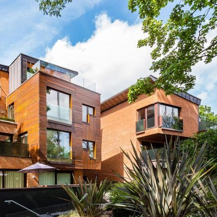 Rent this 3 bed apartment on Oracle Apartments in 63 West Heath Road, London NW3 7UR