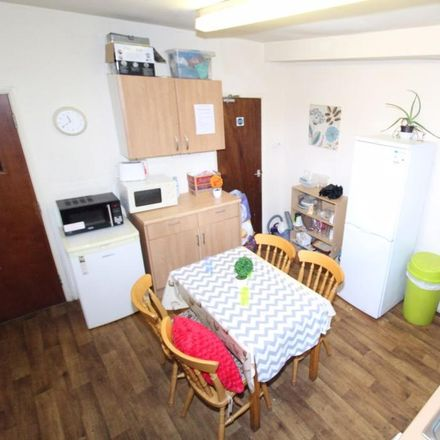 Rent this 1 bed room on 294 Silver Mill Road in Sheffield S2 4EN, United Kingdom