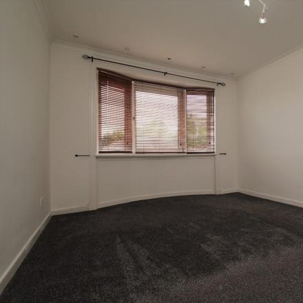 Rent this 3 bed apartment on Newcroft Drive in Glasgow G44 5RT, United Kingdom