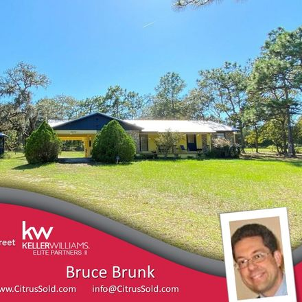 Rent this 2 bed house on W Glen St in Lecanto, FL