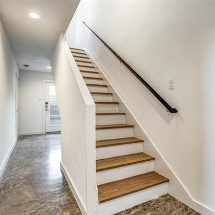 Rent this 2 bed condo on 1725 Bennett Avenue in Dallas, TX 75206