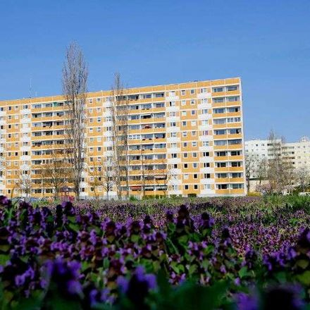 Rent this 2 bed apartment on Im Brunnenhof 3 in 39126 Magdeburg, Germany