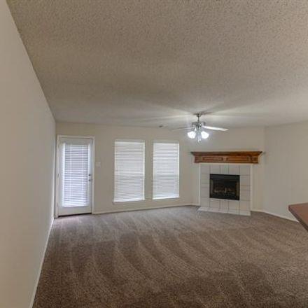 Rent this 4 bed house on Eldorado Drive in DeSoto, TX 75115
