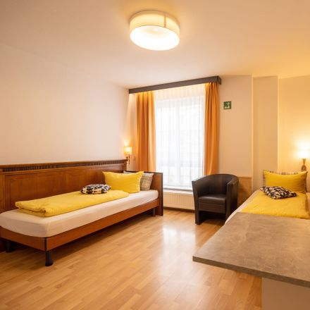 Rent this 2 bed apartment on Philosophenweg 15 in 28195 Bremen, Germany