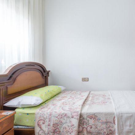 Rent this 3 bed room on Calle Ramón Jiménez in 7, 28223 Pozuelo de Alarcón