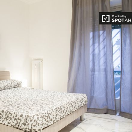 Rent this 4 bed apartment on Istituto Comprensivo Diogene Romeo Chiodi in Via Appiano, 00136 Rome RM