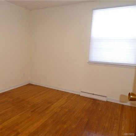 Rent this 3 bed apartment on 222 Frankhauser Road in Amherst, NY 14221