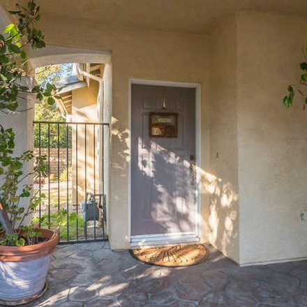 Rent this 3 bed townhouse on 273 Springmist Lane in Simi Valley, CA 93065