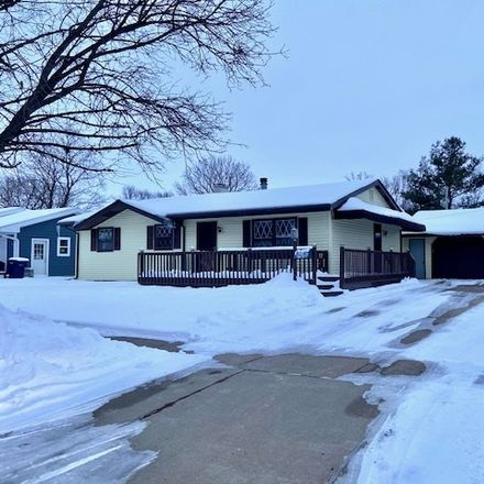 Rent this 3 bed house on 2113 Crestview Street in Janesville, WI 53546