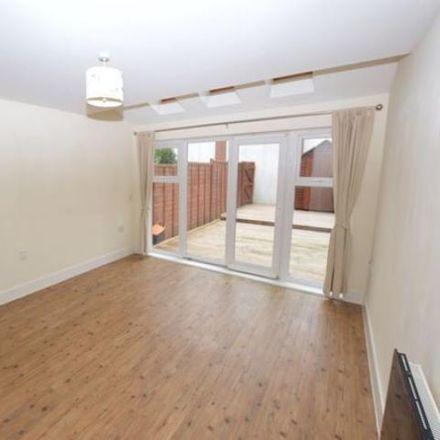 Rent this 3 bed house on St. Johns Close in Tunbridge Wells TN4 9GA, United Kingdom