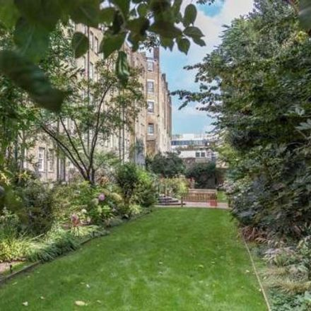 Rent this 2 bed apartment on Poltrona Frau in 149 Fulham Road, London SW3 6SD