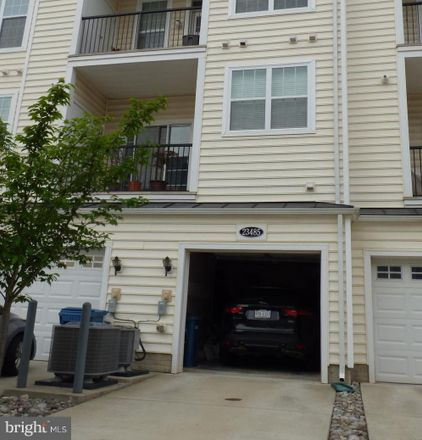 Rent this 3 bed townhouse on Frame Sq in Ashburn, VA