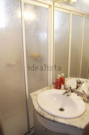 Rent this 1 bed room on Calle Caseda 13b