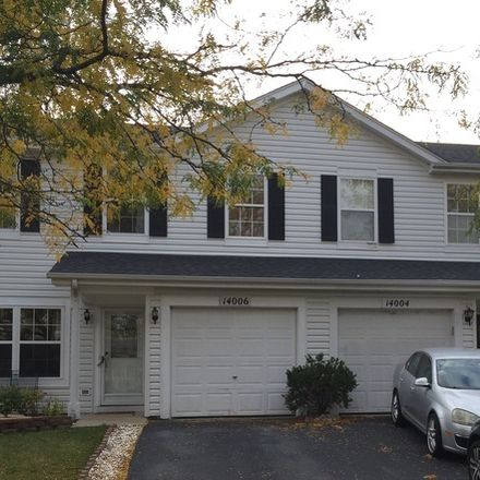 Rent this 3 bed townhouse on Danbury Dr in Plainfield, IL