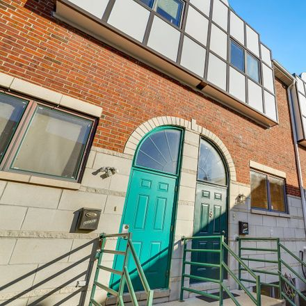 Rent this 3 bed townhouse on 3517 South Hoyne Avenue in Chicago, IL 60609