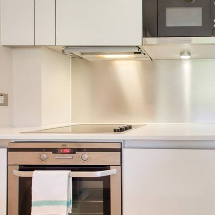 Rent this 1 bed apartment on Papermill Building in City Garden Row, London N1 8DW