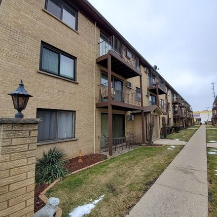 Rent this 2 bed condo on West Wrightwood Avenue in Elmwood Park, IL 60707
