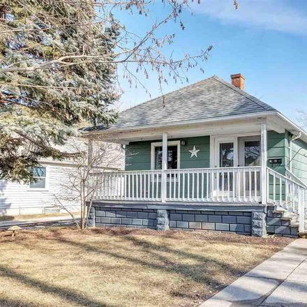 Rent this 2 bed house on 1108 Lyndon Street in Green Bay, WI 54303