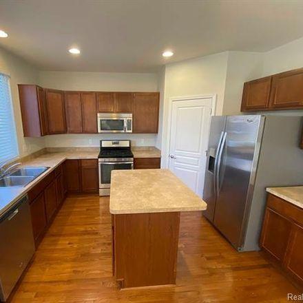 Rent this 4 bed loft on 28367 Declaration Drive in Novi, MI 48377
