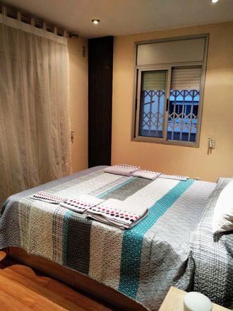 Rent this 3 bed room on Avinguda Riera de Sant Cugat in 08110 Montcada i Reixac, Barcelona
