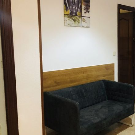 Rent this 1 bed apartment on Hostal Zamorán in Calle de Fuencarral, 18