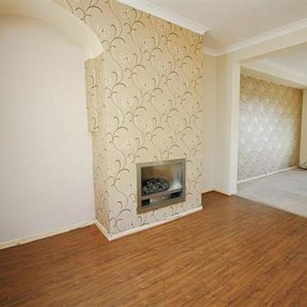 Rent this 3 bed house on Newcastle upon Tyne NE15 8EJ