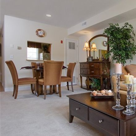 Rent this 3 bed apartment on 13 West Street in Westborough, MA 01581
