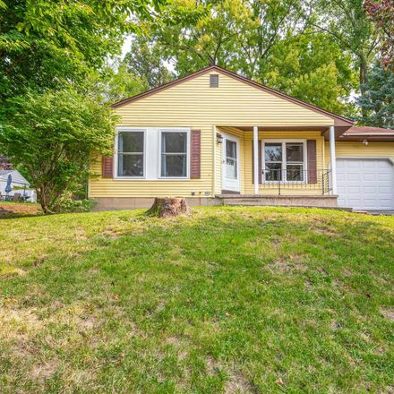 Rent this 3 bed house on 4 Silverberry Pl in Albany, NY