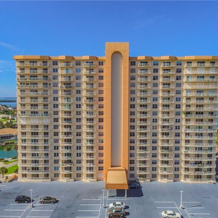 Rent this 1 bed condo on Brittany Dr S in Saint Petersburg, FL