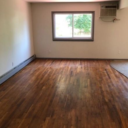 Rent this 3 bed apartment on 79th St in Howard Beach, NY